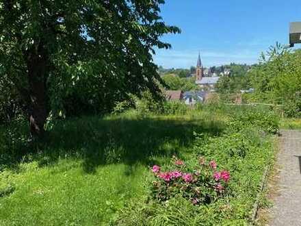 Aussicht - DG Wohnung, großer Speicher, Garten und Stellplatz
