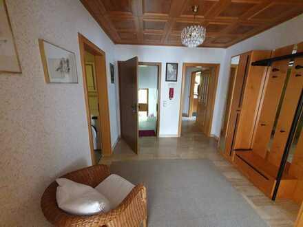 Gepflegte 2,5-Zimmer-Wohnung mit Balkon und Einbauküche in Bad Teinach-Zavelstein