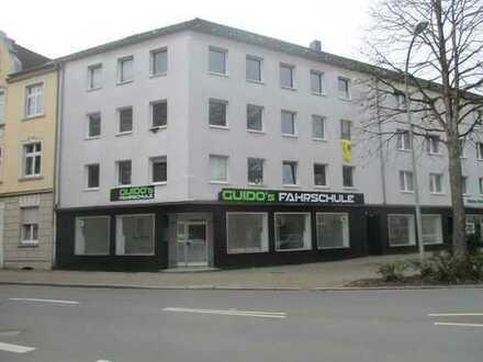 Gewerbe, Mont-Cenis-Str.198, HER-Sodingen, an stark frequentierter Hauptstr., Parkplätze vorhanden