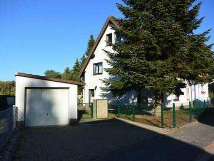 Meinfamilienhaus, 3 Bäder, Garten, Garage, Stellplatz Fußbodenheizung....