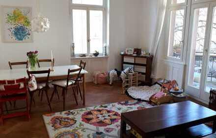 Exklusive 4-Zimmer Altbau-Wohnung mit Balkon und EBK in Freiburg im Breisgau