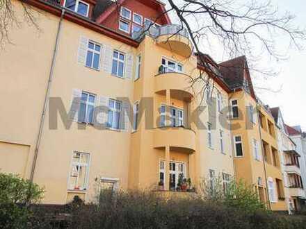 Wohntraum mit Altbaucharme: Gepflegte 3-Zi.-ETW mit 2 Balkonen in schöner Lage von Karlshorst