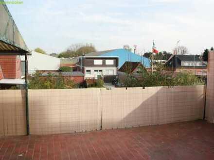 Schöne 3 Zimmer Wohnung mit Dachterrasse zu vermieten !