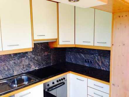 Schöne vier Zimmer Wohnung in 92442 Wackersdorf