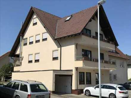 Lichdurchflutete 6,5 Zimmer Wohnung in Böblingen (Kreis), Herrenberg-Haslach