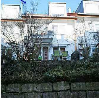 Tolles Haus mit Terrasse aber ohne Garten, auch zur Kapitalanlage geeignet !!