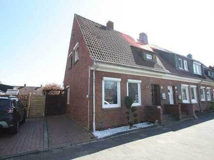 Reihenendhaus auf Eigentumsgrundstück in Friesland zu verkaufen