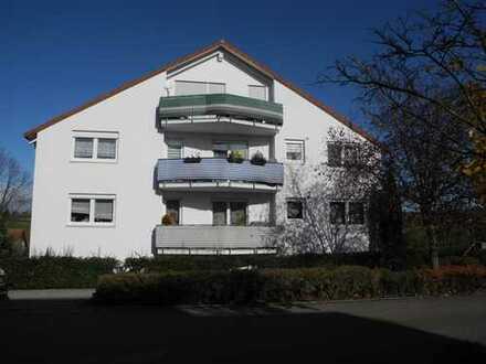 Grosszügige 2,5 Zimmerwohnung mit TG-Stellplatz in schöner, ruhiger Wohnlage - ideale Kapitalanlage!
