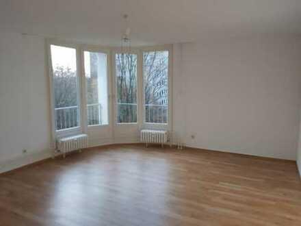Helle Zweizimmer Wohnung in Marienfelde!