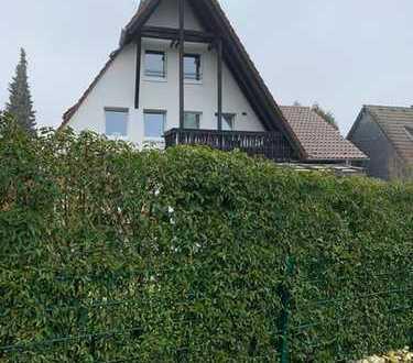 Neuwertige 2-Zimmer-Maisonette-Wohnung mit Balkon und Einbauküche in Rösrath