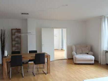 LEHEL! Möblierte 2-Zi-Wohnung direkt an der Isar mit Blick auf den Friedensengel - Bezug Juli 2020