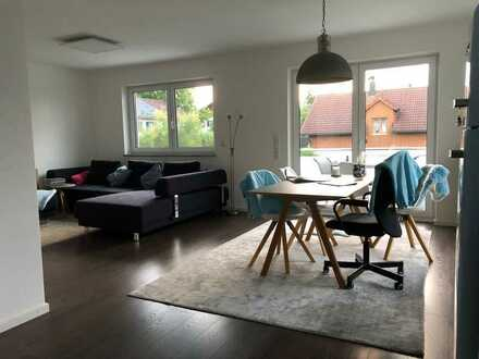 Sehr schöne, helle und hochwertige 4-Zimmer-Wohnung