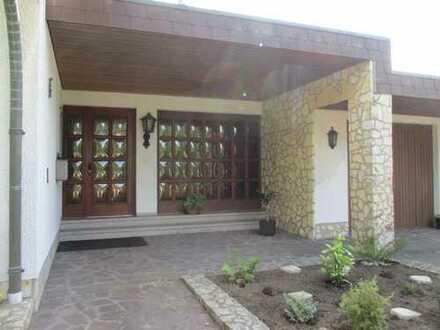 Wunderschönes Landhaus mit Seerosenteich und Honigchalet