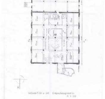 Hochwertige Gewerberäume mit Fußbodenhzg. (Büro o. Praxis mögl.) inkl. Stellplätze in zentraler Lage