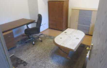 2 ZKB Wohnung mit EBK,Dusche,WC,ideal für Gastarbeiter oder 1-2 Personen