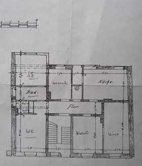 Sanierte 5-Zimmer-Wohnung mit Balkon in Duisburg