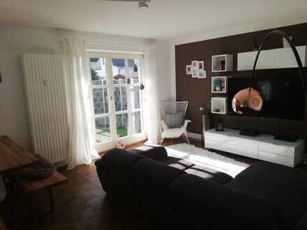 Reserviert - Gepflegte 3-Zimmer-EG-Wohnung mit überdachtem Freisitz und Einbauküche in Manching