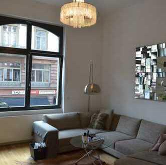 1.590 €, 90 m², 3 Room(s)