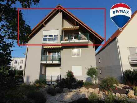 RESERVIERT - Schöne 2 ZKB Wohnung mit Balkon und Tiefgaragenplatz