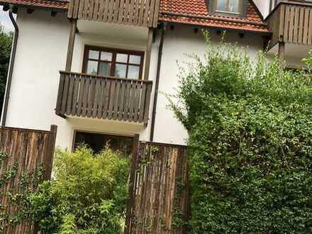 Schöne 2-Zimmer-Wohnung mit Balkon und EBK in Zolling