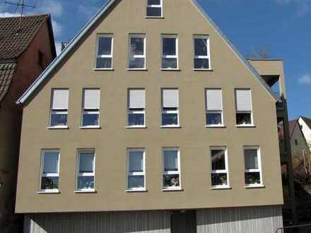 Exklusive, neuwertige 2,5-Zimmer-Wohnung mit Balkon und Einbauküche in Böblingen (Kreis)