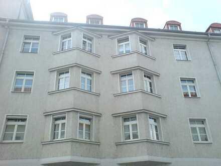 ***Kleine 3-Raum-Wohnung mit Balkon***