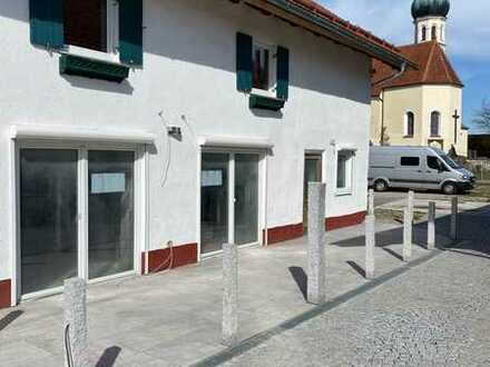 Stilvolle, modernisierte 3-Zimmer-EG-Wohnung mit Balkon in Herrsching