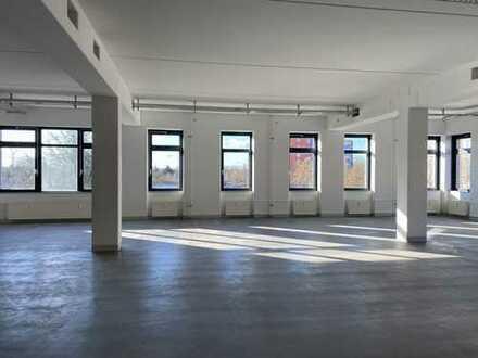 Multifunktional nutzbare Gewerbefläche / schönes Büro *** ca. 500 m² *** Berlin Hellersdorf