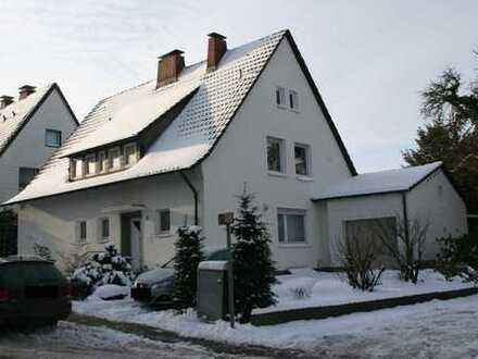 Große 4 Zi-Wohnung/Haus mit Garten in Gadderbaum (auf 18 Monate befristet)