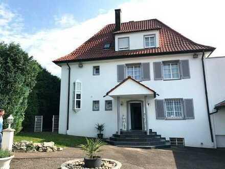 Traumhafte Villa (1-3 Fam.-Haus) in schöner Wohnlage mit ca. 7,6 Ar Grundstück + Bauplatz (optional)