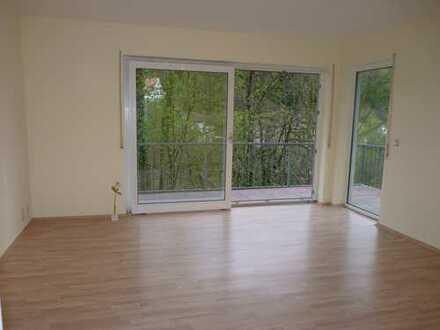 Appartement (Möblierung möglich) inkl. Einbauküche, Terrasse, Parkplatz -