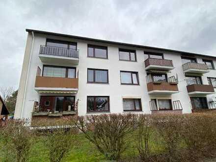 Helle Drei-Zimmer-Wohnung mit Balkon, Küche und Stellplatz in Delmenhorst