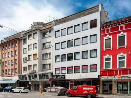 Erstbezug nach Kernsanierung - Tolle Drei-Zimmer Wohnung mit Terrasse in Top-Lage D-Stadtmitte