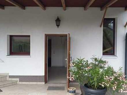 Schöne 2-Zimmer-Maisonette-Wohnung mit Balkon und Einbauküche in Werder OT Glindow