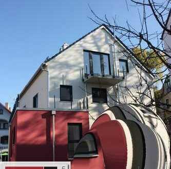 Townhaus - 4 Zimmer - gr. Dachterrasse, Garten - im Zentrum von Markt Schwaben - Neubau Erstbezug