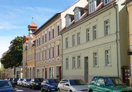 Bild_Wohnen im Kiez; zentral gelegene Wohnung mit Balkon
