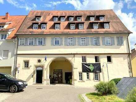Zentralgelegene 1,5-Zimmer-Wohnung mit TG-Stellplatz im Herzen von Vaihingen/Enz