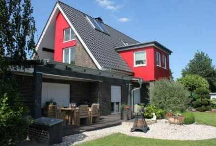 Sandkrug - saniertes Wohnhaus mit 2 Wohneinheiten, hochwertige Ausstattung, großes Grundstück!