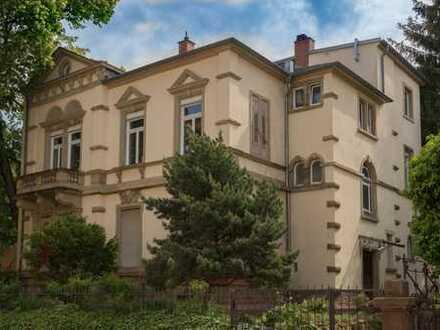 Exklusive 4,5 Zimmerwohnung in einer Gründerzeit Villa HD-Weststadt