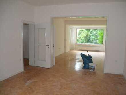 Wunderschöne, top renovierte, moderne Wohnung in Essen-Bredeney mit Garten