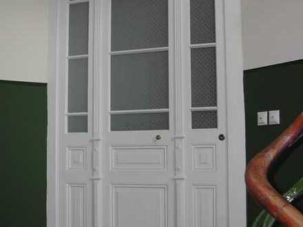 Stilvoll sanierte 3 Zimmer Altbauwohnung im Zentrum Heidelbergs