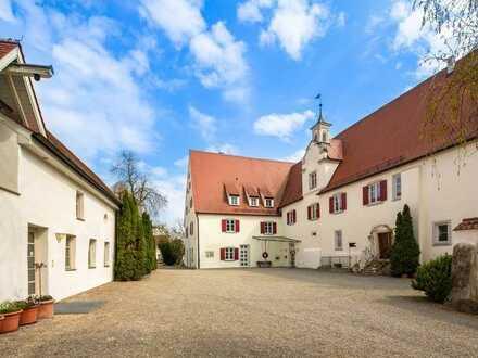 Wohnen im Rosenschloss - 2 ZKB