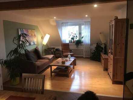Geräumige, gepflegte 3 Zimmer Dachgeschosswohnung 81m2 SG-Wald/Ohligs