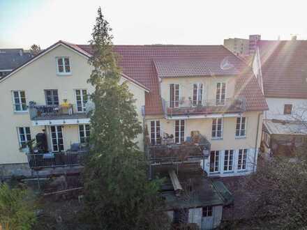 Vollständig renovierte 3,5-Zimmer-DG-Wohnung mit Balkon in ehemaliger Mühle