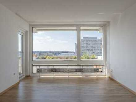 Sehr helle 2-Zimmer-Wohnung am Olympiapark - Very bright 2 room apartment at Olympiapark -