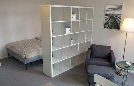 Möblierte 1-Zimmer-Wohnung mit Balkon und EBK in Berlin Wedding