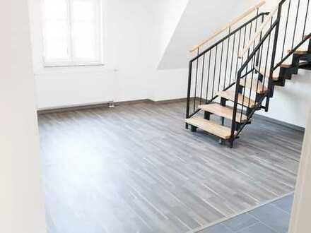 Exklusive vier Zimmer Maisonetten-Wohnung kern saniert in Stuttgart-Ost