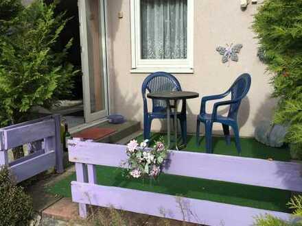 Gepflegte 2-Zimmer-Wohnung mit Terrasse und Einbauküche für Nichtraucher in Karlsbad Langstb