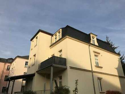 Dachgeschosswohnung in Elbnähe