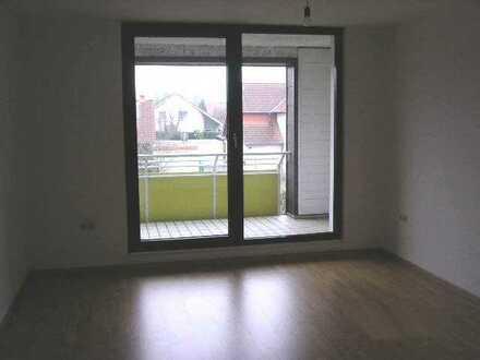 Wohnung mit Einbauküche und Balkon
